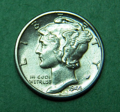 1944 D Silver Mercury Dime Almost Uncirculated Coin  g84