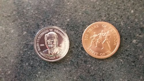1976 spirit of 76 bronze medal and 1984 Ronald Reagan AA commemorative coins