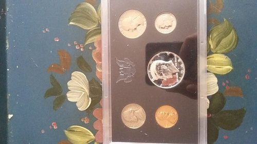 1968 United States proof set. s mint marks on all coins