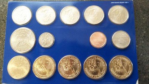 2007 P Golden dollar uncirculated mint set