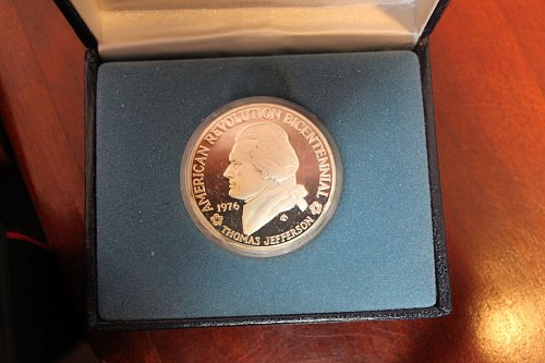1976 Thomas Jefferson 90 % SILVER US Mint Bicentennial Proof Coin Medal Box & CO