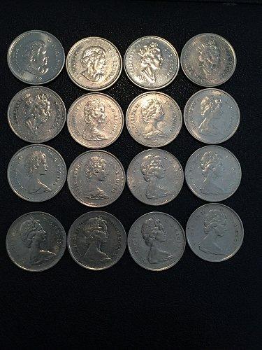 16 Canada Quarters