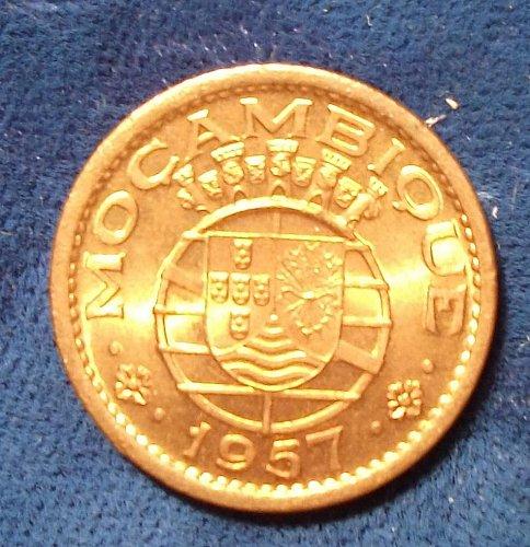 1957 Mozambique 50 Centavos BU