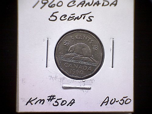 1960 CANADA QUEEN ELIZABETH 11  5 CENT COIN