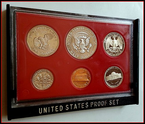 1981 S Proof Sets: Type 1 - Filled S
