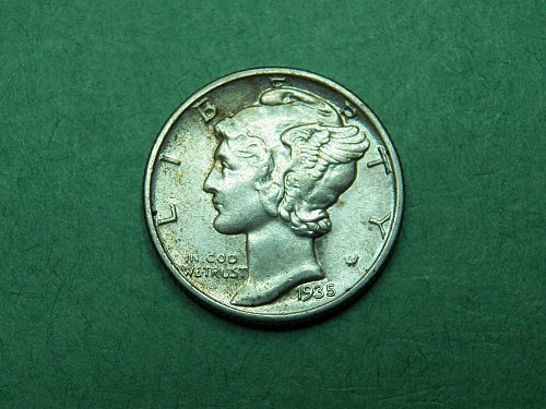 1935 P Mercury Dime Almost Uncirculated Coin   i14