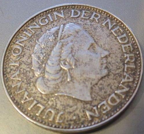 1960 Silver 2 1/2 Gulden Coin