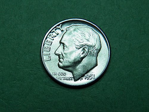 1951 P Roosevelt Dime Brilliant Uncirculated Coin   i21