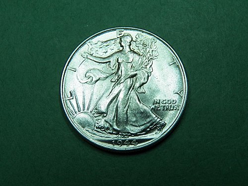 1944 P Walking Liberty Half Dollar Almost Uncirculated Coin   i59