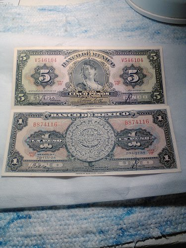 1958 MEXICO ONE AND FIVE PESO NOTES