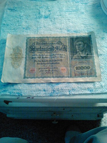 1922 LARGE SIZE GERMAN 10,000 MARK NOTE