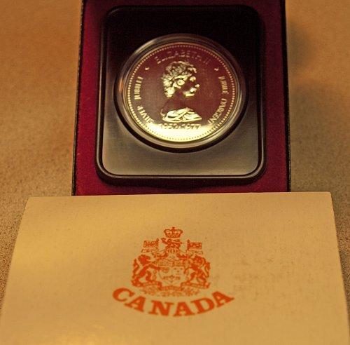 Canadian:  Elizabeth II  Silver Jubilee 1952-1977  Silver  Dollar Uncir. / WM-1