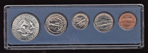U.S. Special Mint Set of 1966  / WM-2