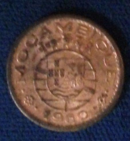 1960 Mozambique 10 Centavos UNC