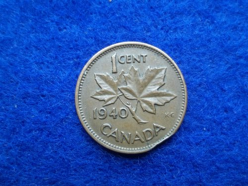 CANADA 1940 1 CENT VINTAGE WORLD COIN WITH SMALL CLIP ERROR