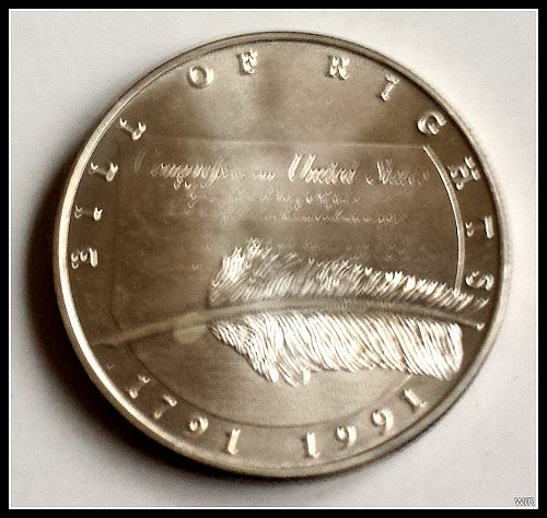 Bill-of-Rights-One-Troy-Oz-Silver-Coin-1791-1991-200th-Year-Commemorative-Coin