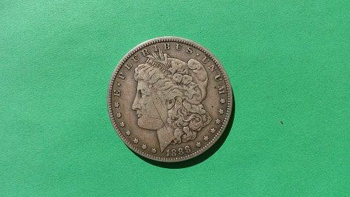 1888-O HOT LIPS MORGAN DOLLAR