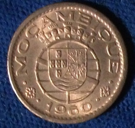 1960 Mozambique 10 Centavos UNC #2