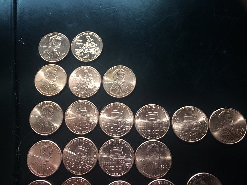 43 - 2009 LINCOLN CENT - INCLUDES ALL 4 VARIETIES IN BOTH P&D.