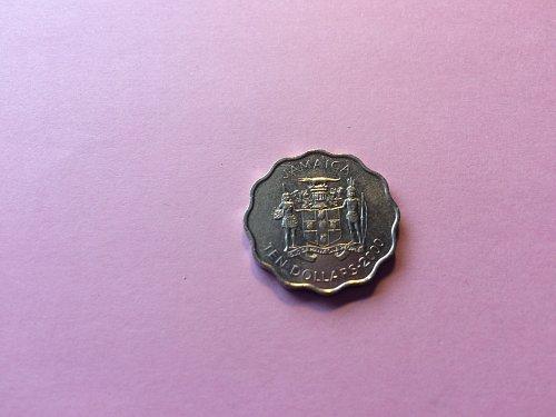 2000  TEN DOLLAR JAMAICA COIN