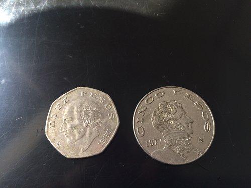 1980, MEXICO  DIEZ PESO & 1977 CINCO PESOS