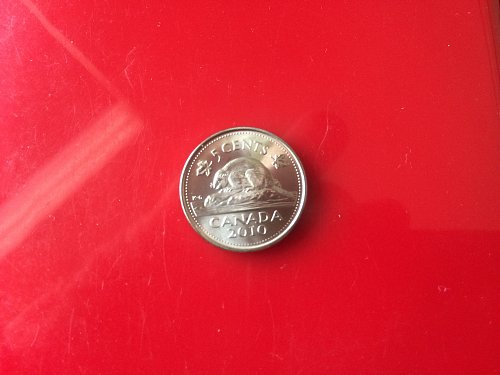 2010 BU CANADIAN NICKEL FROM MINT ROLL