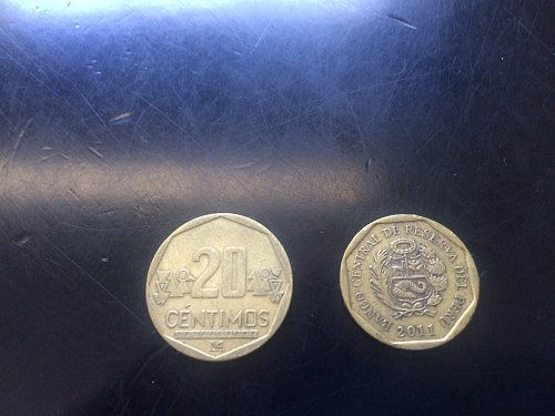 2 COINS PERU, 10 CENTIMOS AND 20 CENTIMOS.