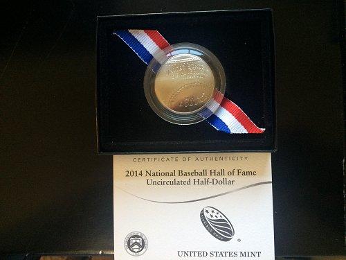 2014 BASEBALL HALL OF FAME COMMEMORATIVE COIN, UNC, HALF-DOLLAR.