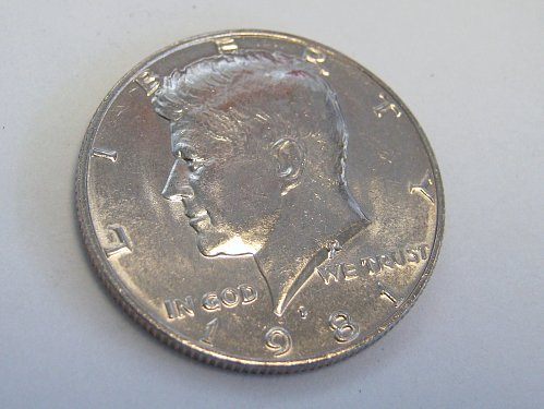 A BEAUTIFUL 1981 P... K H D....THIS COIN IS RUNNING FROM AU TO MS CONDITION.....
