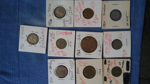 10 very collectable some very rare world coins