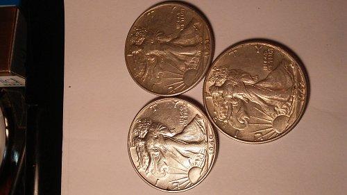BEAUTIFUL 3 COIN WALKING LIBERTY SILVER HALF DOLLARS