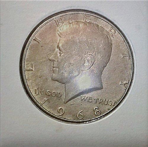 1968 D KENNEDY HALF DOLLAR COIN 40% SILVER