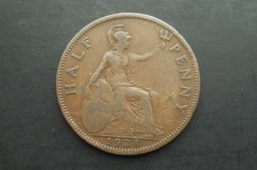 GREAT BRITAIN 1928 1/2 PENNY WORLD COIN