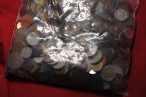 10 pounds of assorted world coins:  Good mix mostly post 1900. No silver