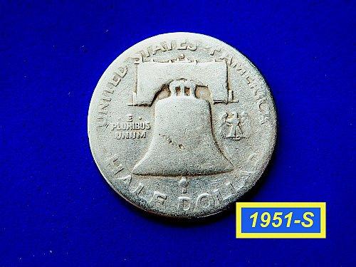 1951-S HALF DOLLAR ☆  (#1023)a