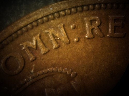 """Australia 1918 1 Penny -  Dot after """"A"""" in """"Australia"""" variety and Die Break"""