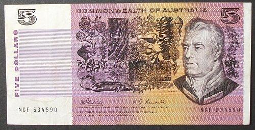 Australia P39b 5 Dollars F-VF