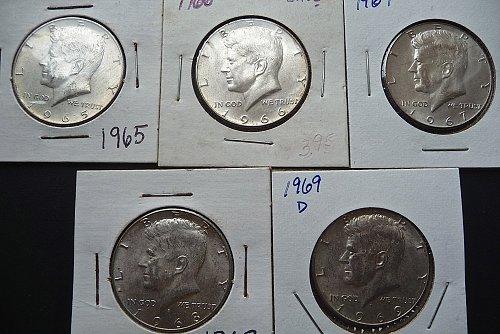 ( 5 ) Kennedy Half Dollars