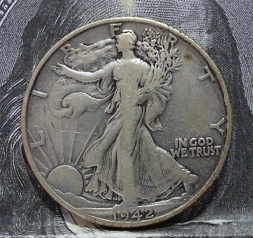 1942 D Walking Liberty Half Dollar in Very Fine Grade ( 6015 )