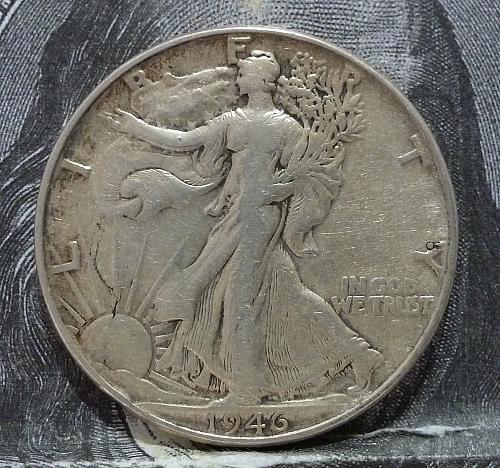 1946 P Walking Liberty Half Dollar in Extra Fine Grade ( 6000-A )
