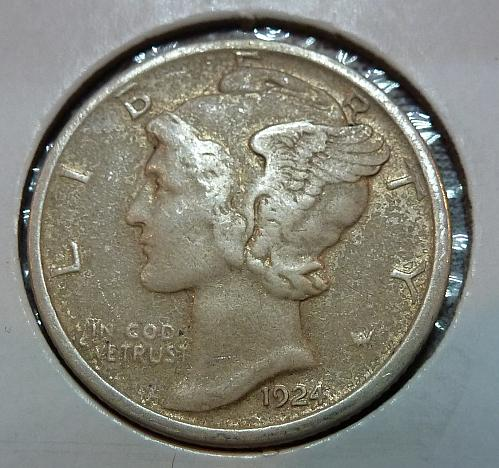 Up for sale is a 1924 D Mercury Dime. It's a Filler XF with surface Issued  ( 41