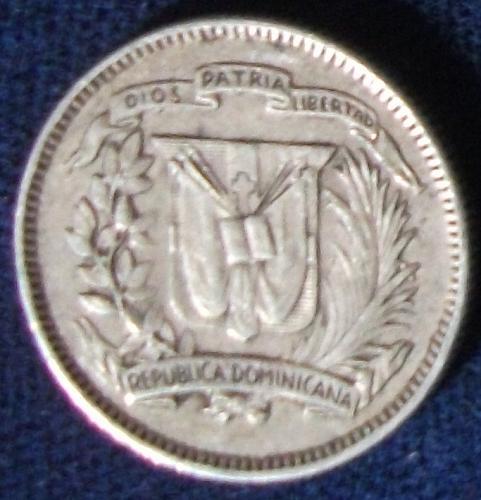 1961 Dominican Republic 10 Centavos XF