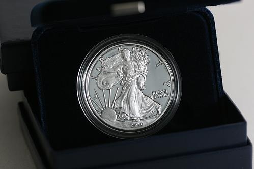 2010 - w Proof  American Eagle w/ Box COA