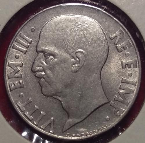 ITALY 20 Centesimi 1942