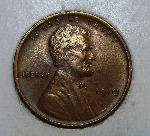 Here is a 1910 P AU Lincoln Wheat Cent  (8618A)