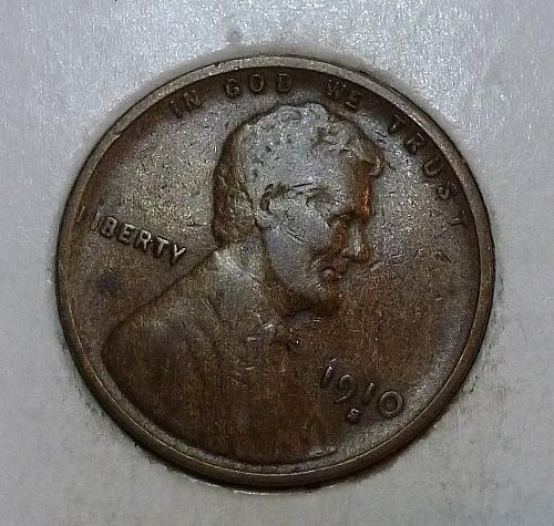 Here is a 1910 S Very Fine Lincoln Wheat Cent  (8618I)
