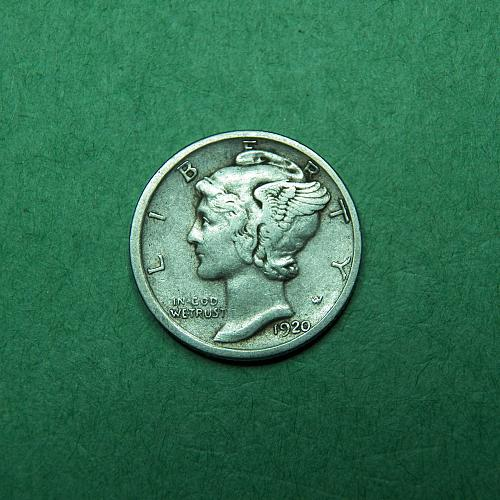 1920 S Mercury Dime Very Fine + Coin   R16
