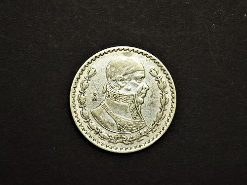 Mexico Un Peso Silver 10% Silver 1962 circulated coin
