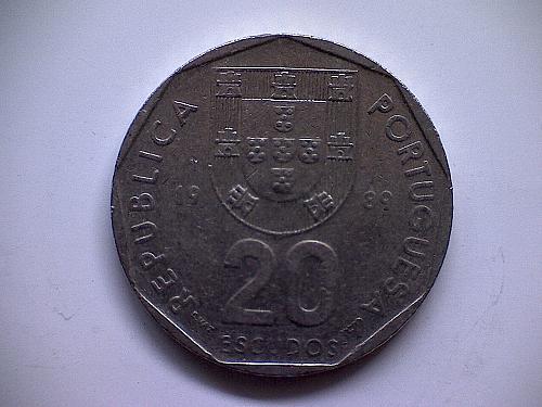 1989 PORTUGAL TWENTY ESCUDOS
