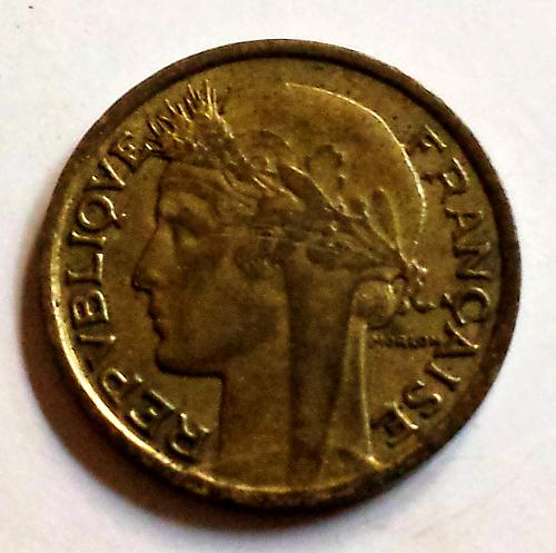 1941 Bronze 50 Centimes Coin: France